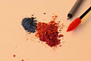 【プチプラ】人気おすすめカラーマスカラ5選!色の選び方&使い方も紹介