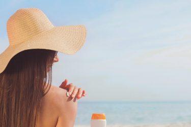 紫外線の量が一番多い時間帯はいつ?対策は季節や時間ごとに最適な方法を