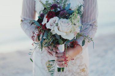 結婚式など「お呼ばれメイク」のポイント徹底解説